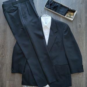 3-Piece Tuxedo Bundle with Accessories